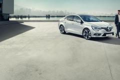 _renault-megane-sedan-lff-ph1-beauty-shot-desktop.ximg.l_full_m.smart